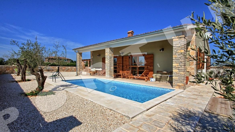 indipendente casa vacanze con piscina nel comune di