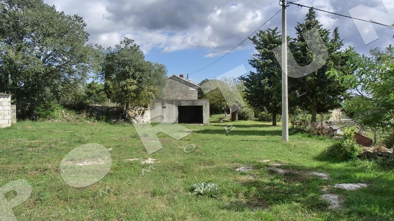 Casa in pietra con vista sulle coline for Piani di casa a sud abitano com piccole case