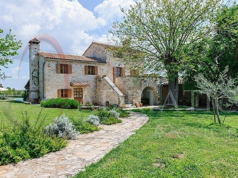 Favoloso Sanvincenat - Sanvicento Immobiliare Istria Croazia Case Ville 204  NF15
