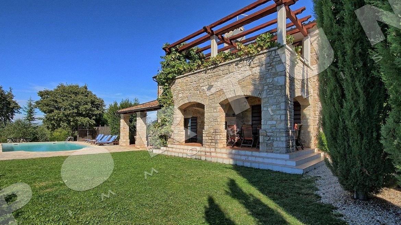 Bagni in campagna la scelta giusta variata sul design for Piano e design della casa con tre camere da letto