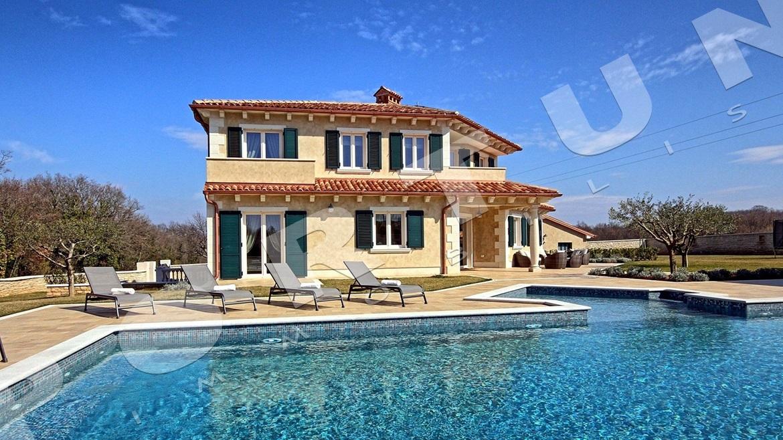 Villa In Vendita Sul Mare In Croazia A Umago