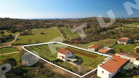 Immobili istria vendita di case ville e case di pietra for Una storia case in vendita vicino a me