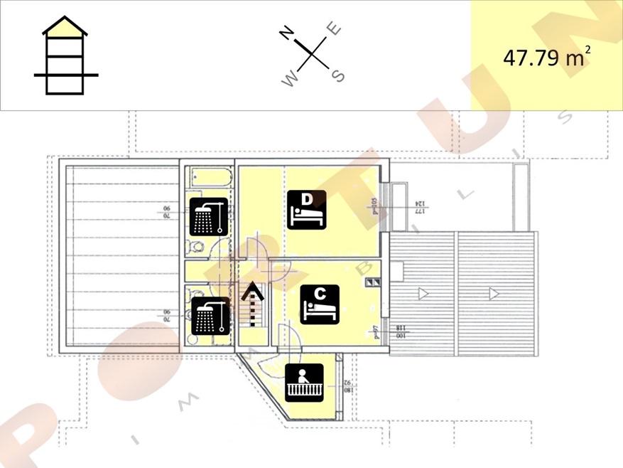 Appartamento con quattro camere da letto su due livelli a for Casa con quattro camere da letto